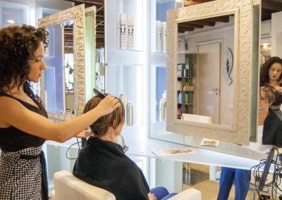 Salone Parrucchiere Glamour taglio